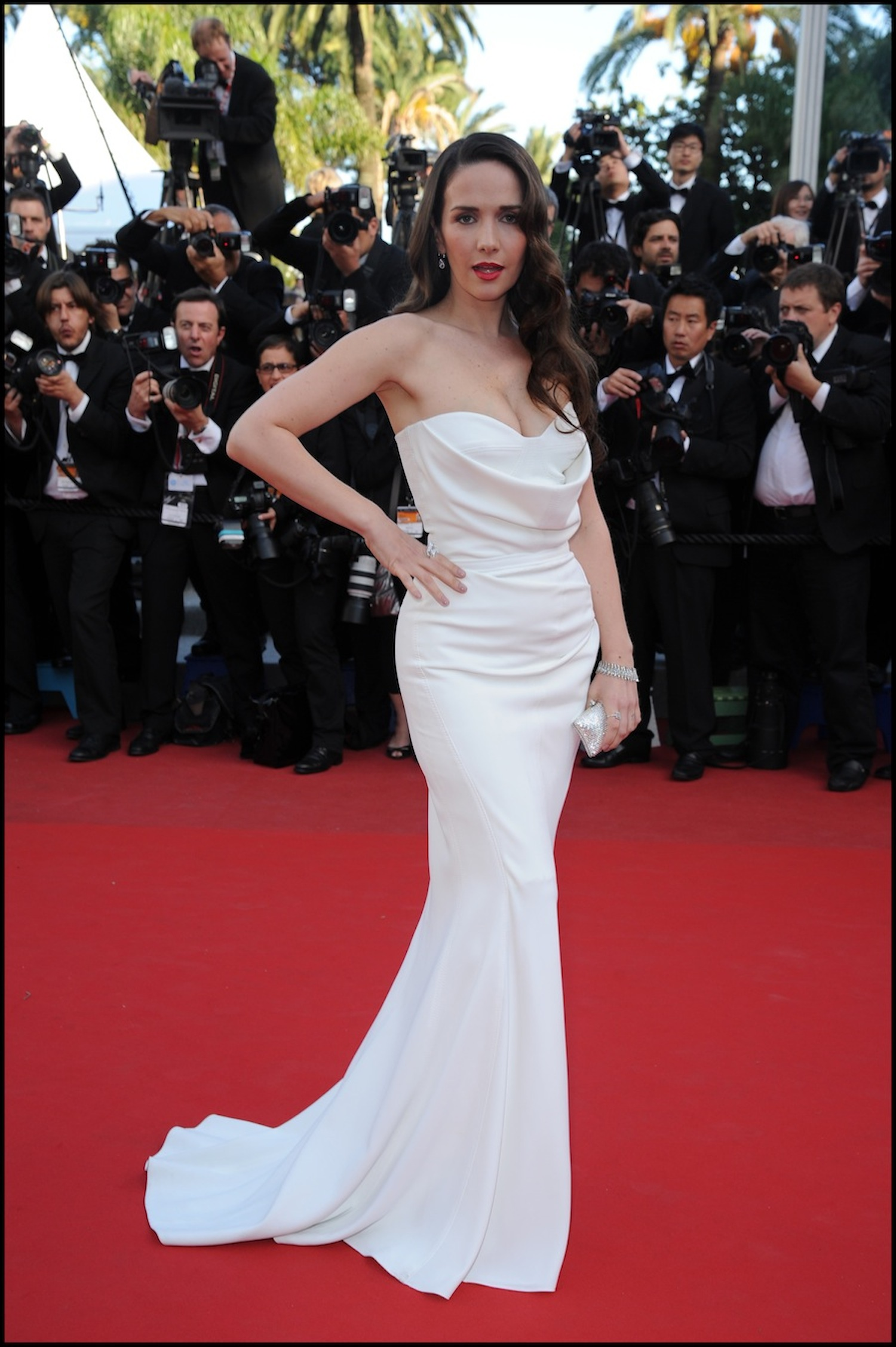 fsbpt114.7b-natalia-oreiro-red-carpet-cannes-2012