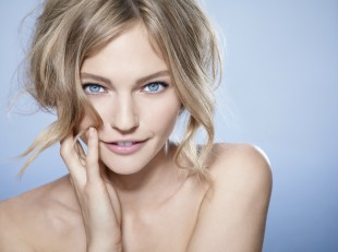BIOTHERM Skin Ergetic Eyes_Visuell_Sasha Pivovarova